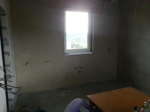 stena za stenou, ešte tak 2 dni a hotovo