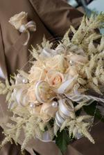 takhle si představuji zimní kytku pro nevěstu 1