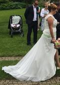Svatební šaty vepředu s rozparkem 42-46, 44