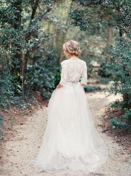 c1c7f1c4462 Svatební šaty šité na míru. Máte s nimi zkušenosti... - str. 3