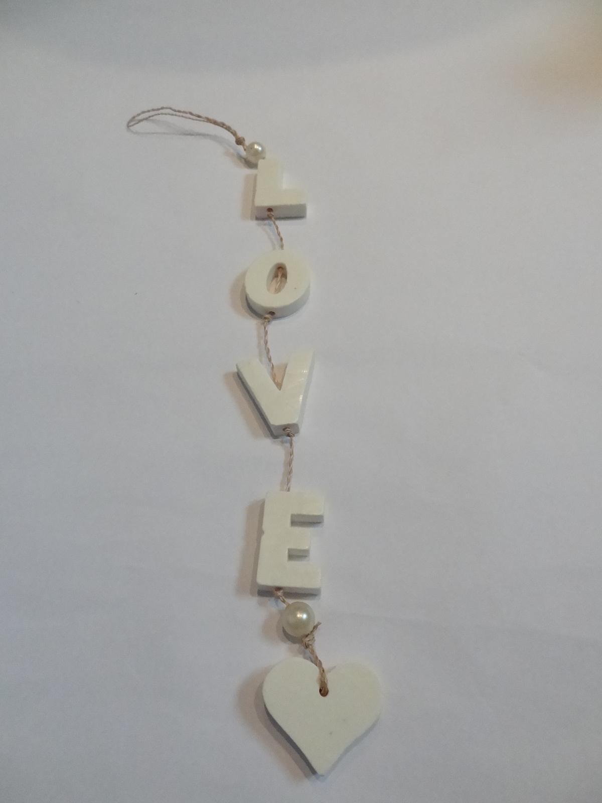 Nápis LOVE - Obrázek č. 2