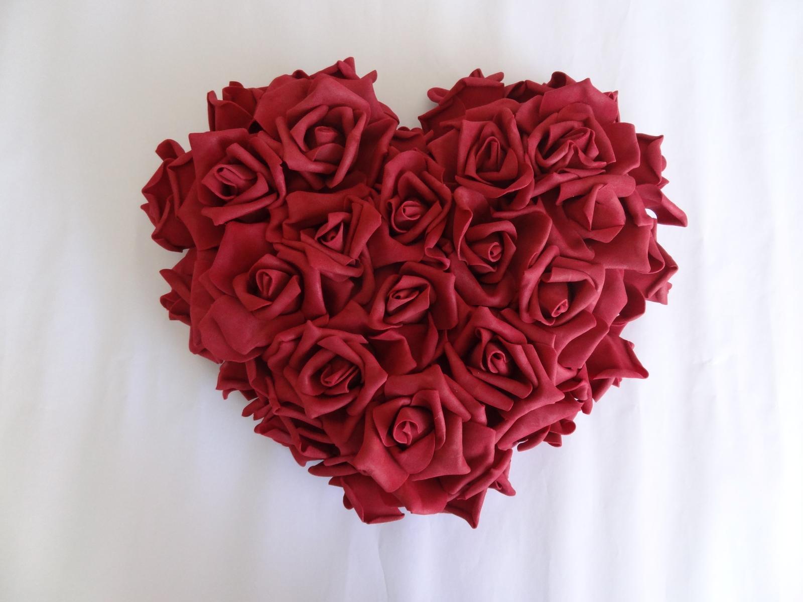 Srdce z pěnových růží - Obrázek č. 1