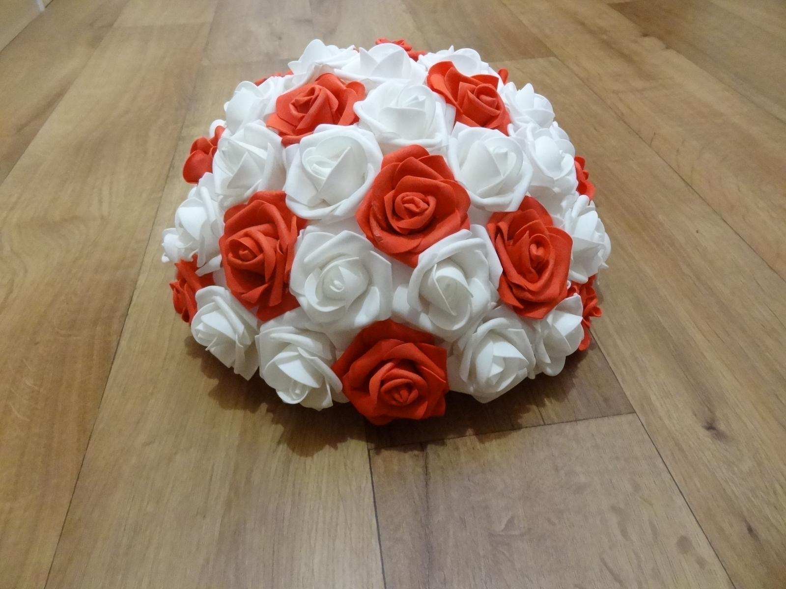 Buket z pěnových růží - Obrázek č. 2