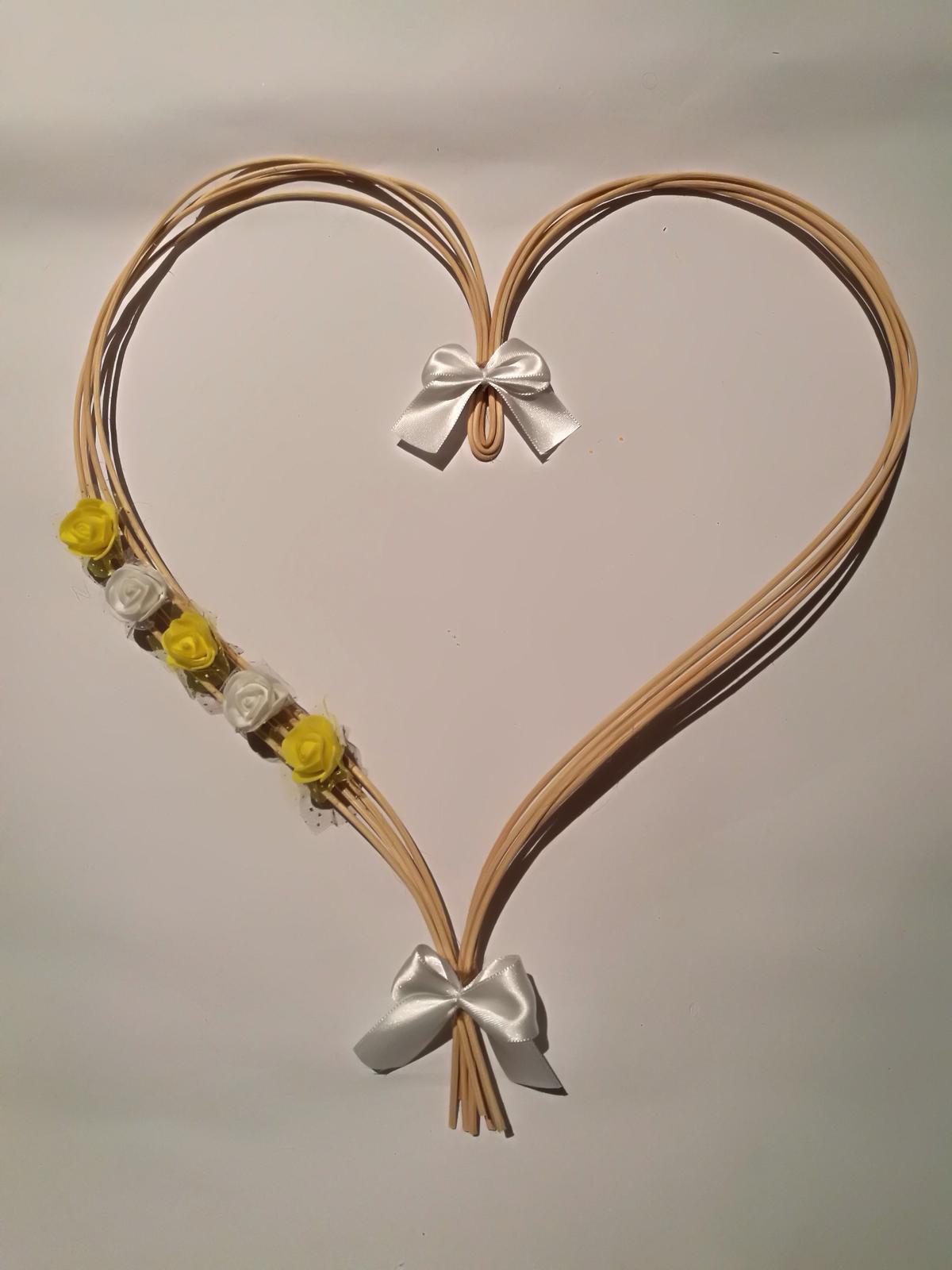 Pedigové srdce - barva na přání - Obrázek č. 1
