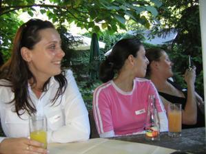 Natka, Mixka, Sue