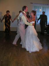 1. taneček - zvládli jsme ho na jedničku