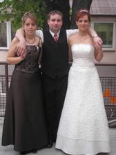 moje super sestra s manželem, měli svatbu rok a týden před námi