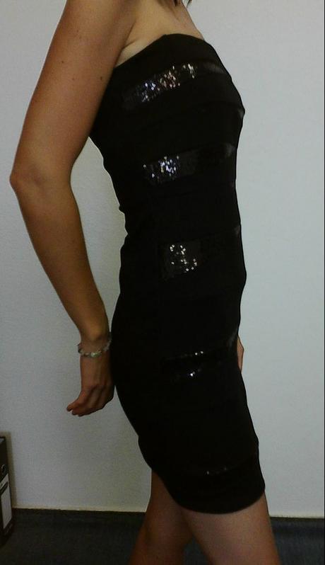 Elegantné puzdrové šaty značky Cache Cache - Obrázok č. 1