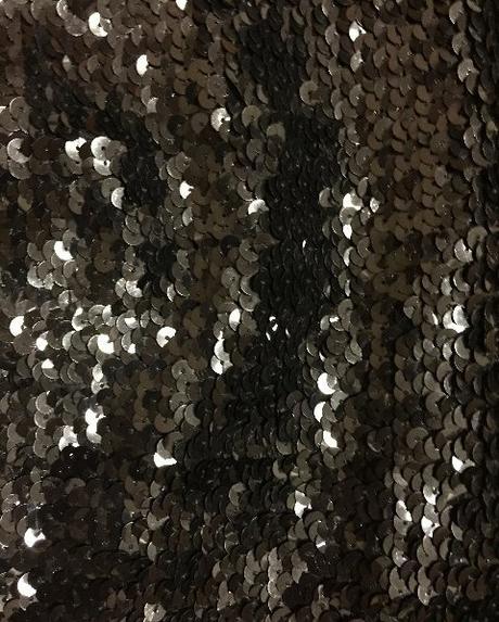Spoločenské šaty s flitrami vel. M čierne - Obrázok č. 2