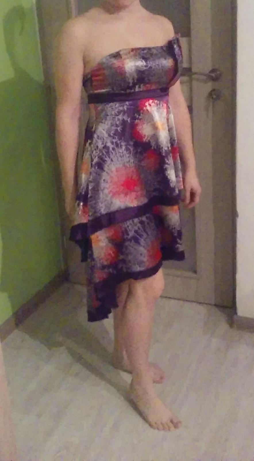Spoločenské krátke šaty zn. Ever pretty v. 38-M  - Obrázok č. 1