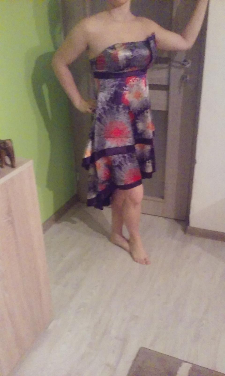 Spoločenské krátke šaty zn. Ever pretty v. 38-M  - Obrázok č. 3