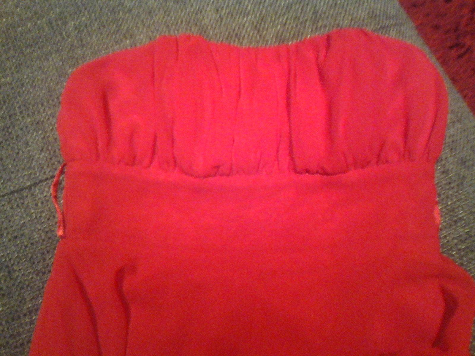 Výrazné červené šaty vel. 36 - Obrázok č. 2