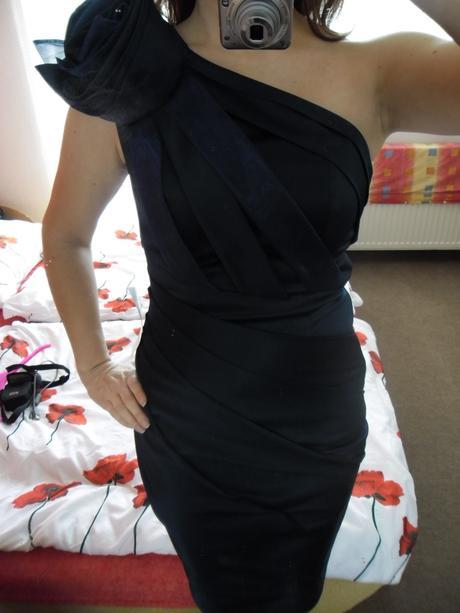 Spoočenské šaty zn. Asos vel. 38 - Obrázok č. 1