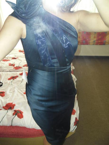Spoočenské šaty zn. Asos vel. 38 - Obrázok č. 2
