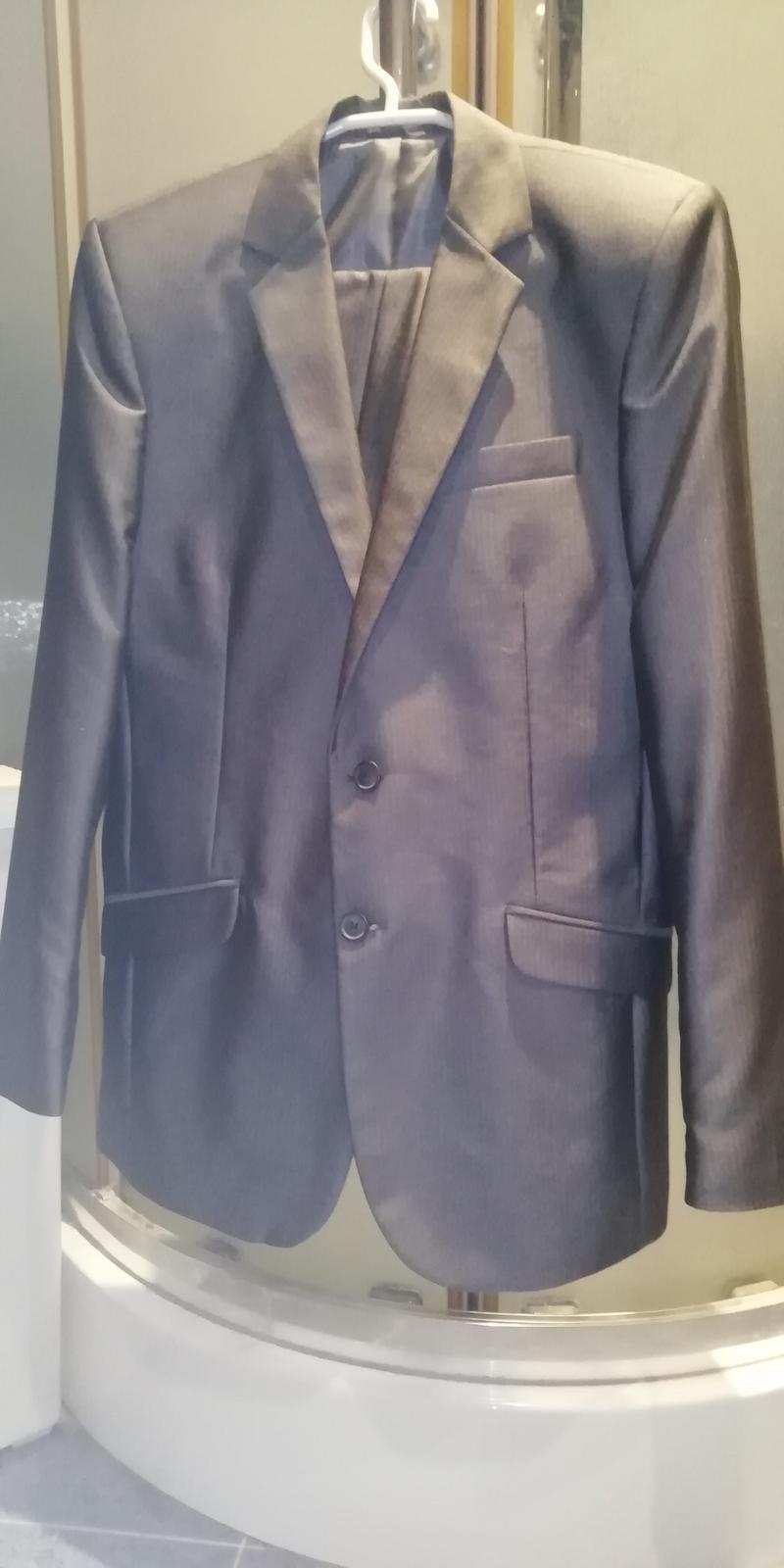 Pánsky oblek slim fit veľ. 48 lesklý - Obrázok č. 1