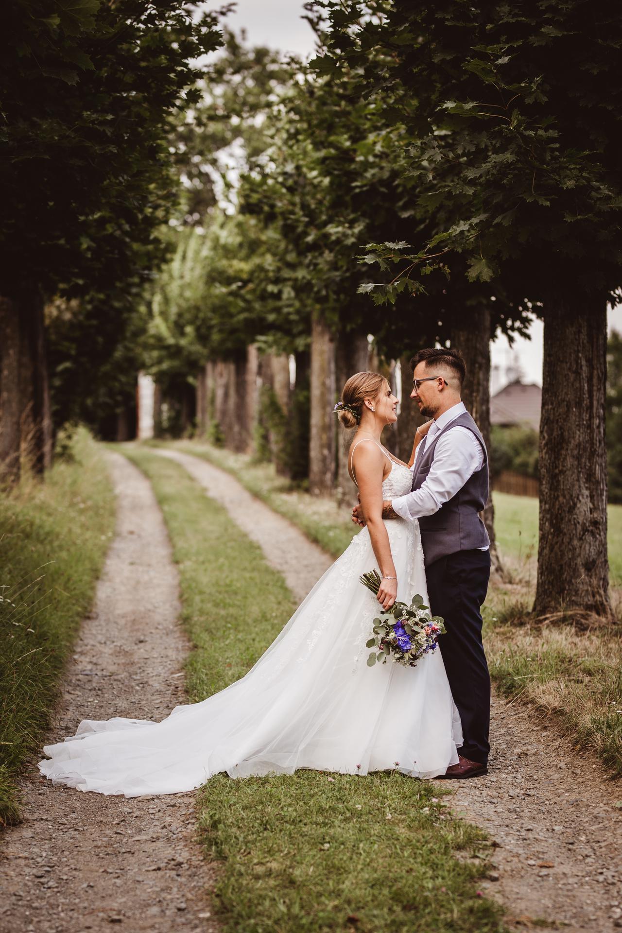 Krásná letní svatba :) T+O ♡ - Obrázek č. 1