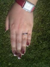 Můj snubní prsten. Focené mobilem - špatná kvalita :-(