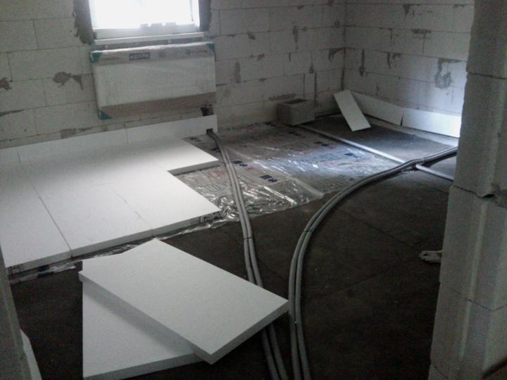 Vnútorné práce - rozvody vody a kúrenie, podlaha - Obrázok č. 34