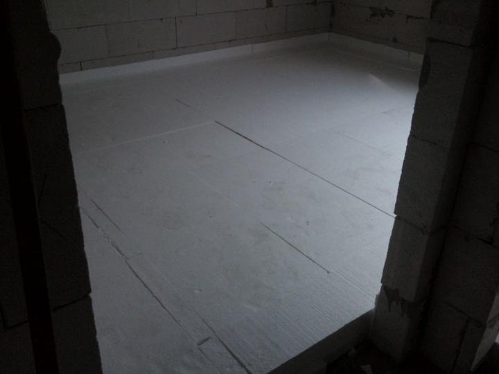 Vnútorné práce - rozvody vody a kúrenie, podlaha - Obrázok č. 37