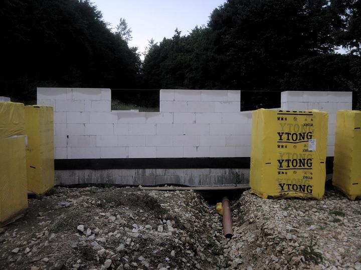 Náš vysnívaný bytík - základy a hlavné múry - Obrázok č. 58