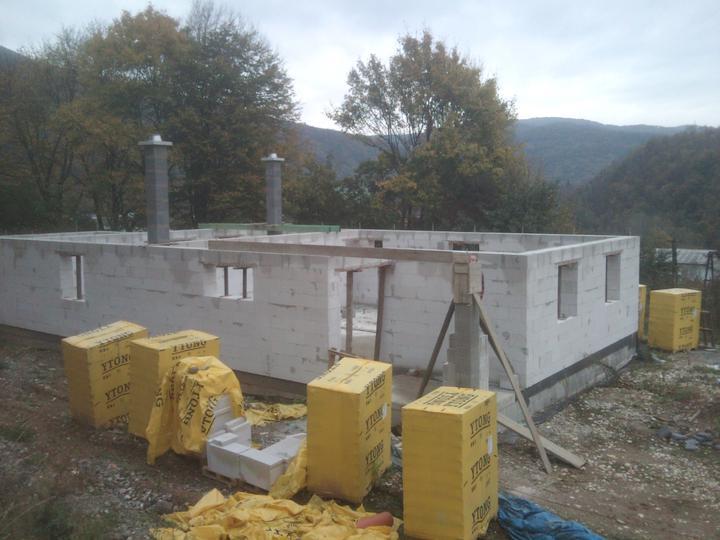 Náš vysnívaný bytík - základy a hlavné múry - Obrázok č. 98