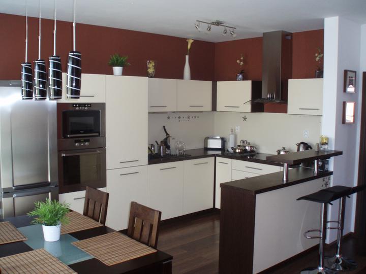 Nas byt - po roku byvania nasa kuchyna