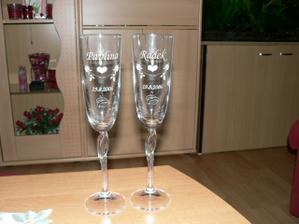 naše svatební sklenice na zakázku