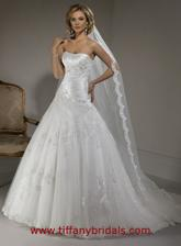 A toto sú pre mna najkrajšie svadobné šaty, dúfam že som sa tomu aspon trošku priblížila :)