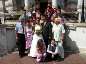Svatební hosté.