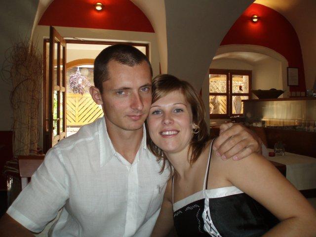 Lenka a Peťo - 7.7.2007 - moje bakalárske promócie