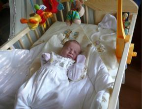 ...naše zlatíčko Markétka....nar. 08.06. 2008