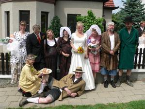 to nám udělali sousedi z ulice, dali ženichovy vybrat z pěti nevěst