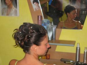 hotový vlas u kadeřnice