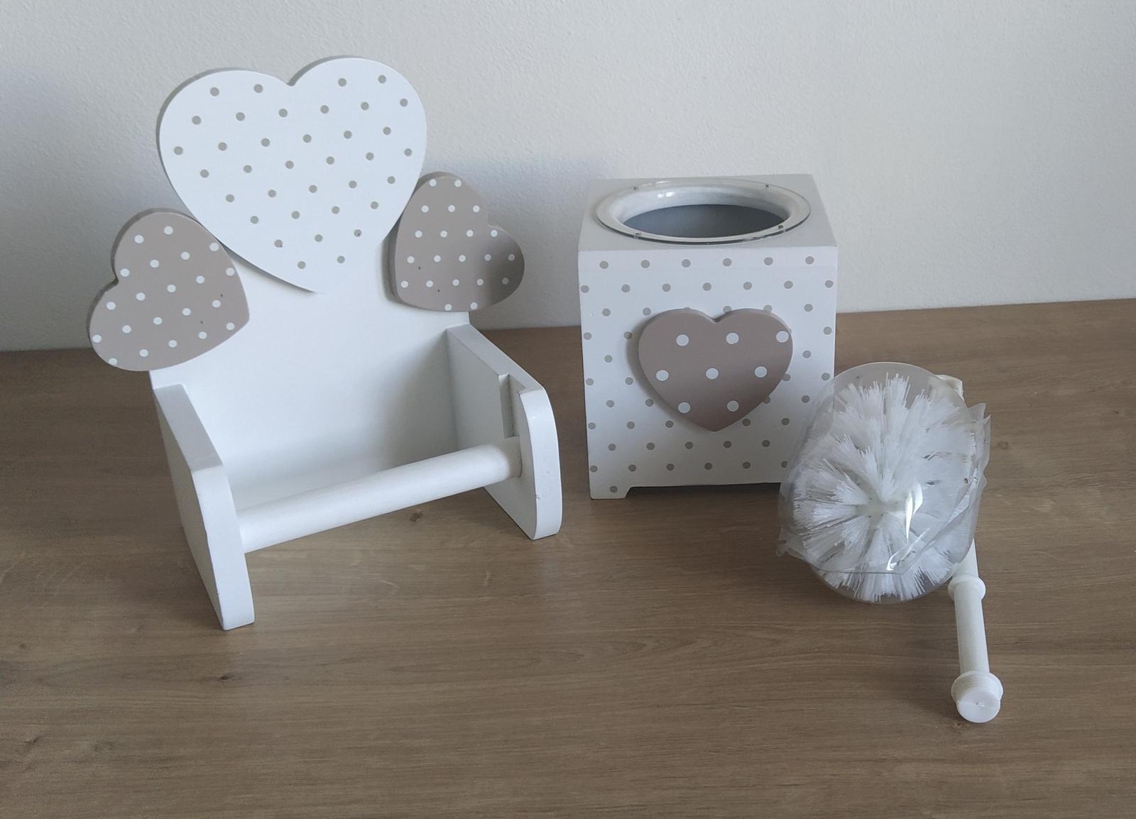 Romantický držiak na toaletný papier a WC kefa - Obrázok č. 1