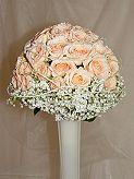 """objednaná kytí (růžičky budou v trošku jiné barvě a na přání ženicha """"bez toho drátu tam kolem"""" :-)"""
