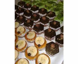 Už jsem objevila kde tyto krásy vyrábějí www.e-dorty.eu
