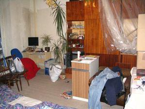 Takhle jsme bydleli během stavby.