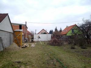 marec 2010 - začíname búrať horné podlažie chaty