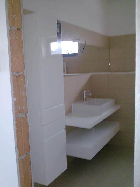 Príbeh našej stavby II - rok 2011 - Najnovšie pokroky v kúpelni