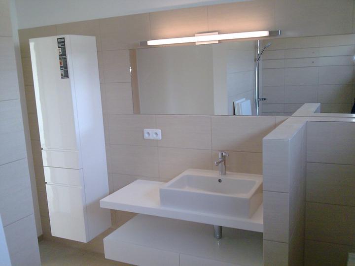 Príbeh našej stavby II - rok 2011 - A tiež nad zrkadlom v kúpelni