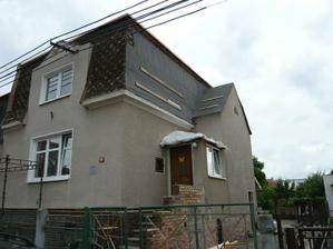 loni při rekonstrukci střechy