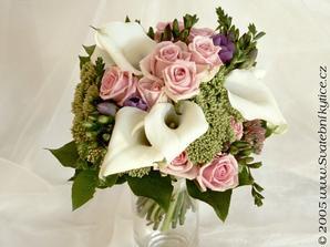 Teď se mi líbí tato kombinace barev. Je v tom bílá, která se bude hodit k šatům, dívčí růžová i mužská fialová.