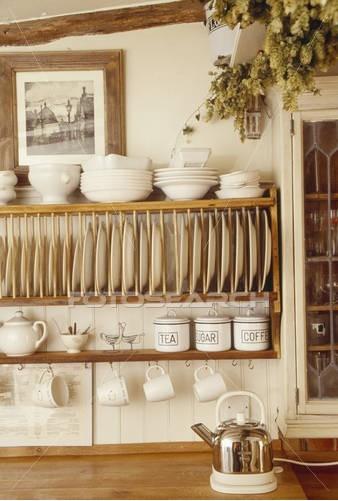 Drevo a biela v kuchyni - Obrázok č. 53