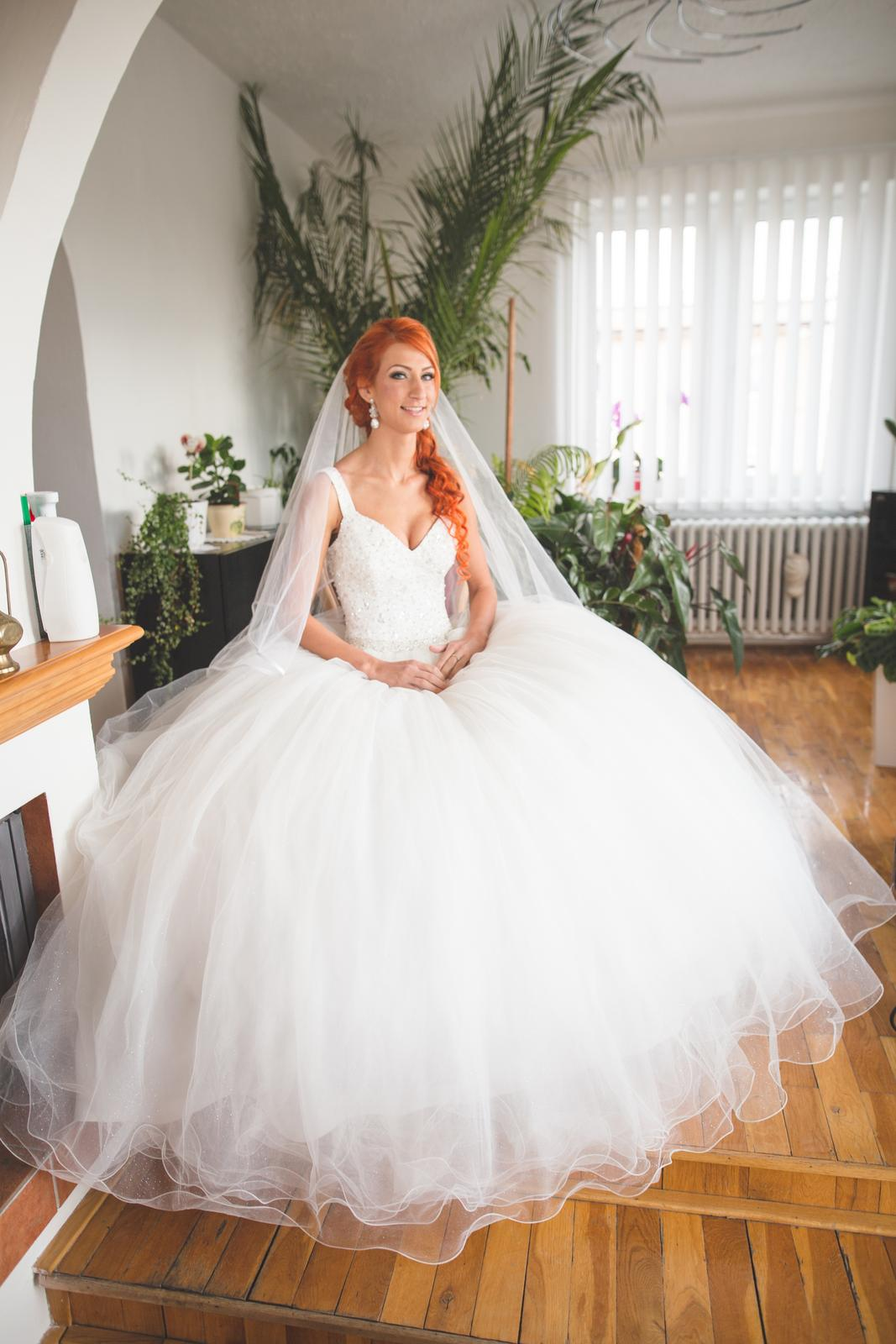 princeznovské šaty - Obrázok č. 4