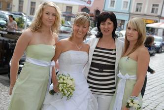 S maminkou a se sestřičkama