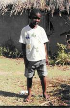 A to je Tracey, holčička, kterou jsme na dálku společně adoptovali už před rokem... je z Keňi a když nám píše říká nám táto a mámo :-) ... je asi na čase aby sme se vzali, že ;-)