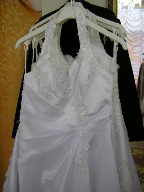 Príprava svadby - realita - na vešiaku