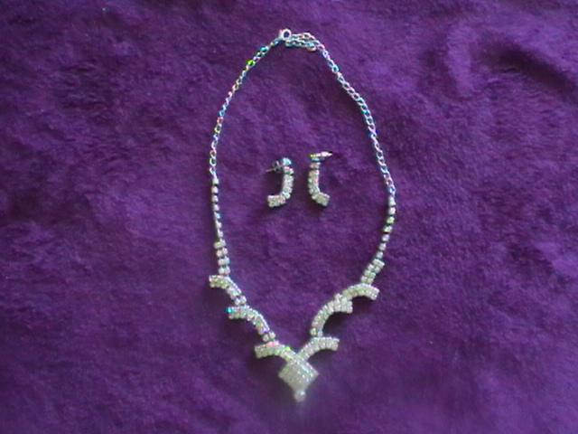 štrásový setík náhrdelník a náušnice - Obrázok č. 1