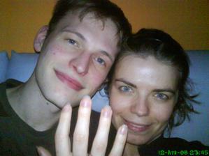 takto sme sa tesili - prstienok sa na foto nezmestil:)