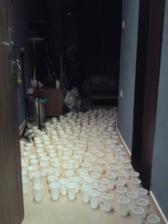 prekvapko od kamosov v svadobnom apartmane - pohare su plne vody